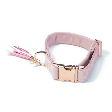 różowa welurowa obroża dla psa